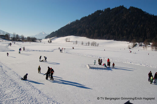 Ice Skating on Putterersee
